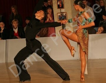 dancezz-ballroom-dance-couple-peiganovich-kudelko